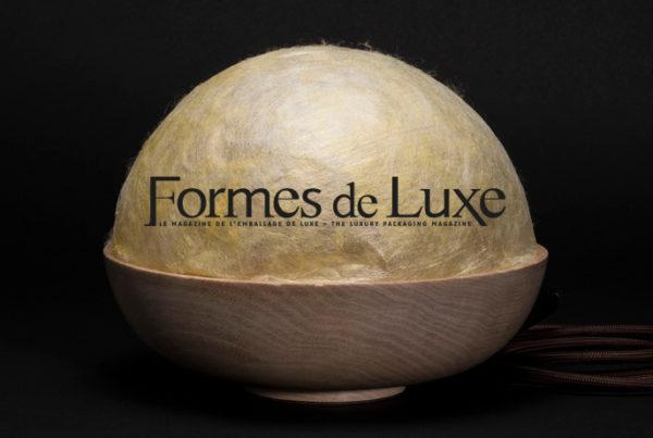 Lampe dome en soie d'exception Sericyne, publication du magazine formes de luxe