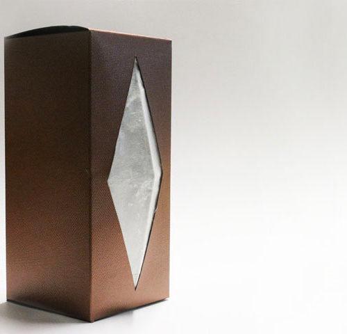 Packaging de luxe bi-matière avec soie d'exception Sericyne