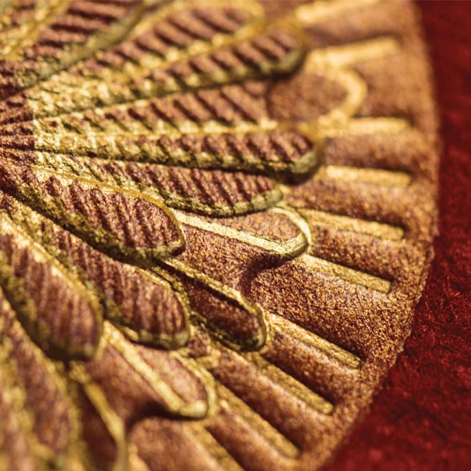 Cadran de montre d'exception en soie sericyne dorée à la feuille