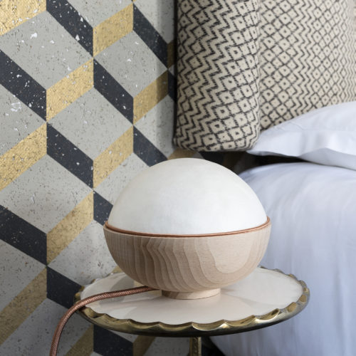 Lampe Luna - Design Sericyne - Soie Sericyne et bois de hêtre